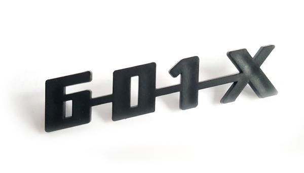 Schriftzug --601-X--  ORIGINAL Plaste Trabant P601