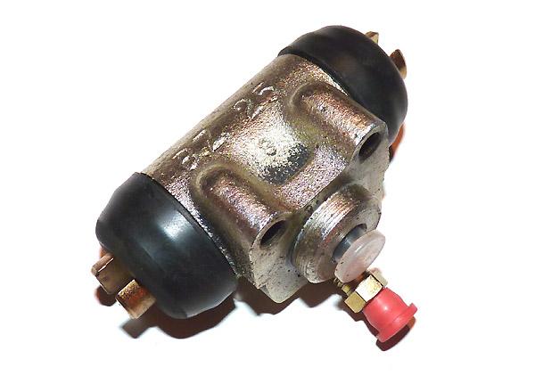 Radbremszylinder vorn Trabant P50, P60 und P601 bis Bj. 09 67 regeneriert zuzüglich Pfand