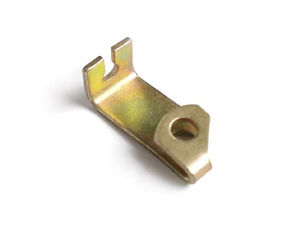 Gaszugbügel bzw. Anlenkbügel für Vergaser P601